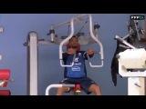 En salle de musculation avec les Bleus